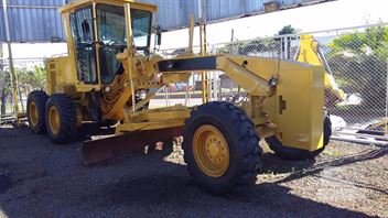 Motoniveladora Caterpillar 135H