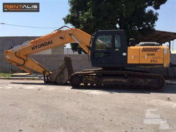 Escavadeira Hyundai R250LC-7