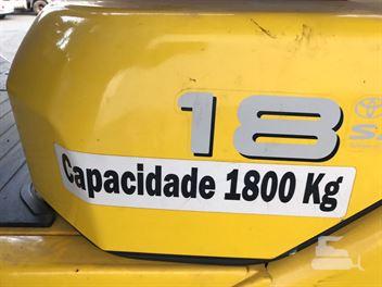 Empilhadeira Toyota FG18