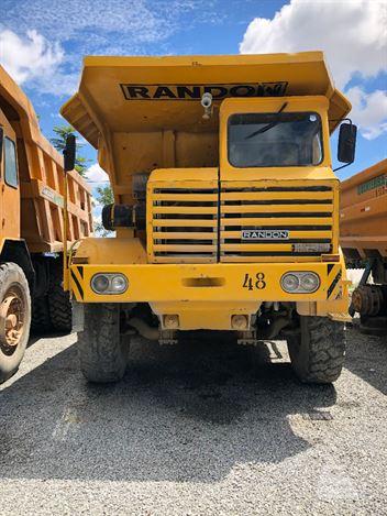 Caminhão Randon RK425