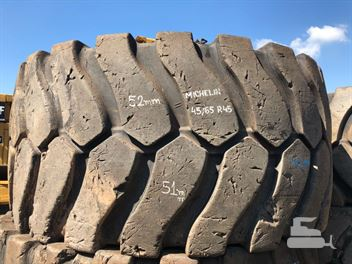 Pneus Fora de Estrada Michelin 45/65 R45