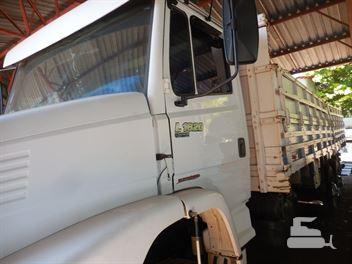 Caminhão Mercedes-Benz L-1620 2p (diesel)