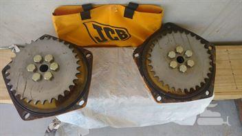 Conjunto cubo / Eixo da roda mini retroescavadeira JCB 1CX