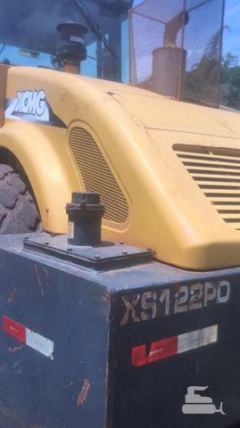 Rolo Compactador XCMG XS120PD