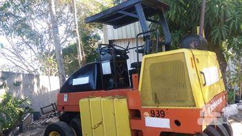 Rolo Compactador Dynapac CP132