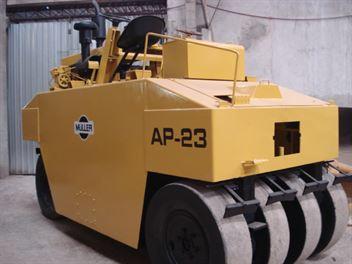 Rolo Compactador Muller AP23