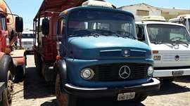 Caminhão Mercedes-Benz L-1113 3-Eixos 2p (diesel)